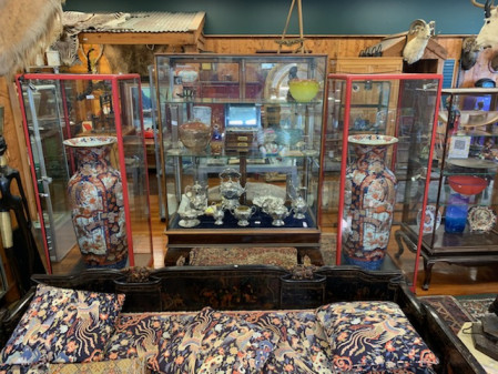 SUPERB ANTIQUE AUCTION Sunday May 30th 11am, in our rooms & Live Online